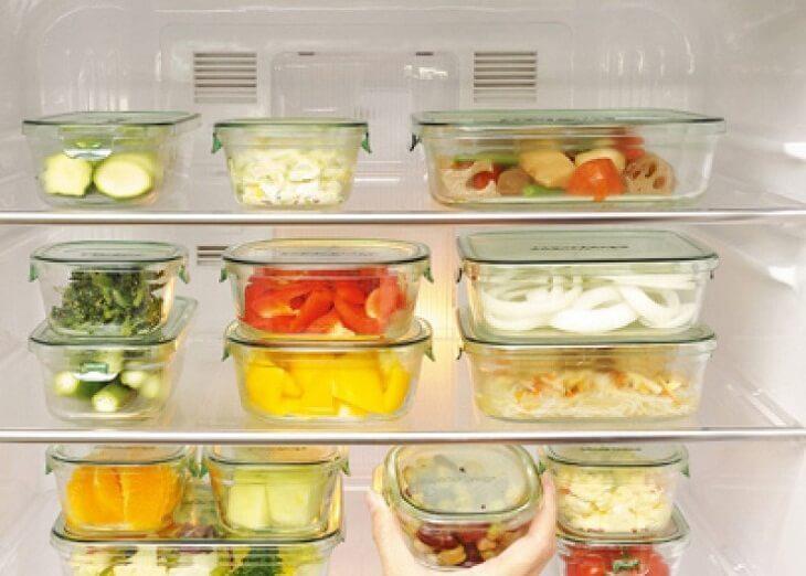 Bọc kín thức ăn trước khi cho vào tủ lạnh