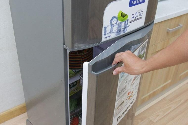 Không mở tủ lạnh quá lâu