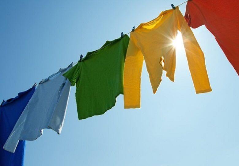 Giặt quần áo tinh tươm